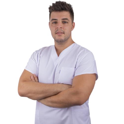 Специалист Естетически Стоматолог  От 2017 г. д-р Стамулис практикува професията на лекар по Дентална медицина като част от екипа специалисти на Saliev Dental Care. Владее гръцки, български и английски език.